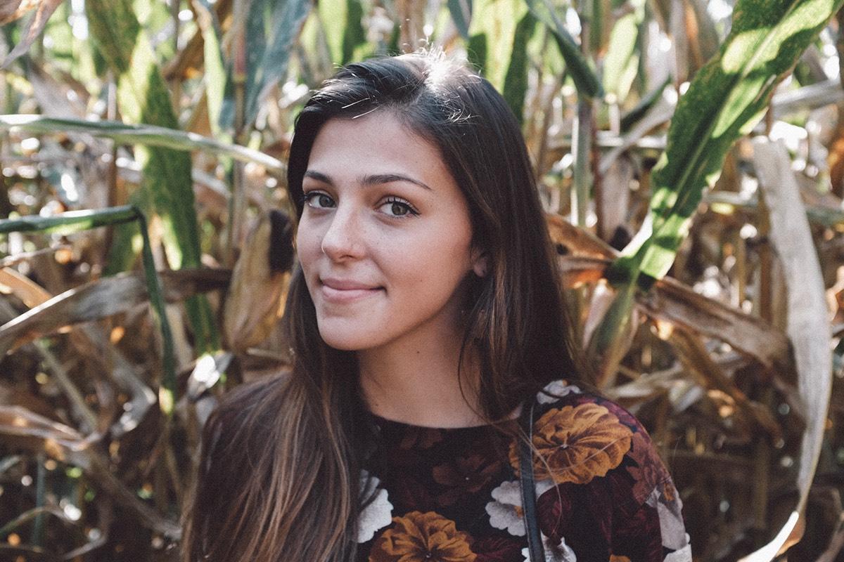 Portrait of Julia Edwards, Summit Peeks Instagram host for the week of June 23