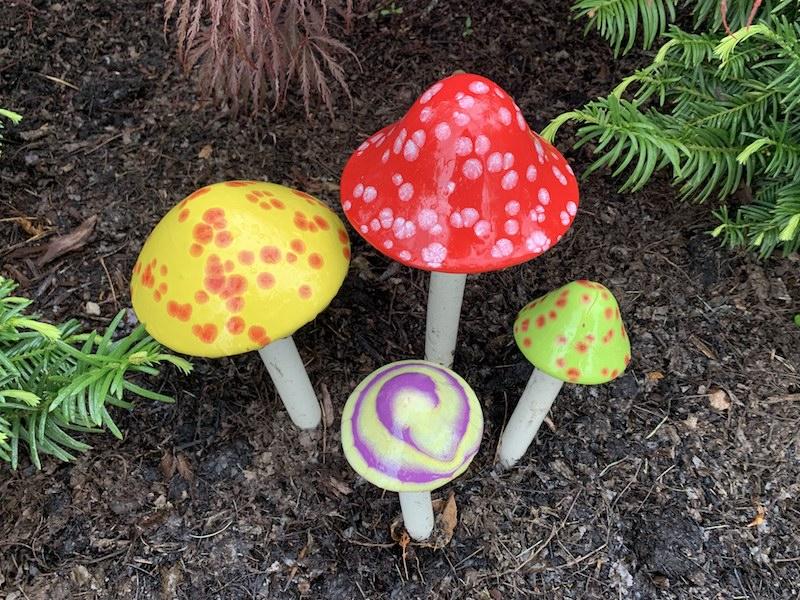 Shroomyz ceramic mushrooms